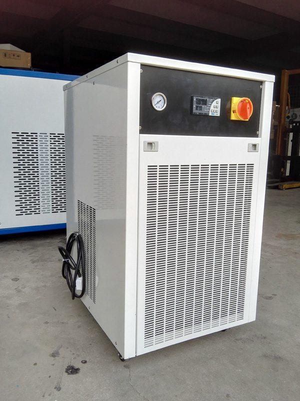激光冷水机的安全操作规程