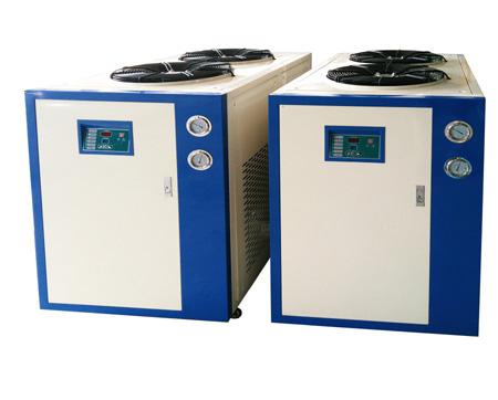 风冷式冷水机出现系统问题时的正确采取措施