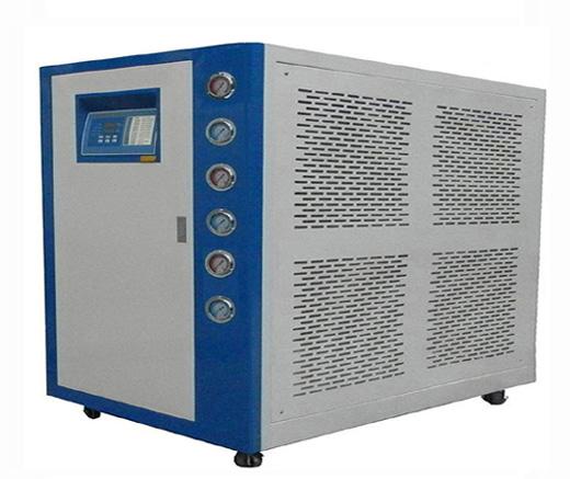 风冷式冷水机噪音的产生与处理方法