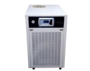 风冷式冷水机和水冷式冷水机有什么区别?冷水机有什么节能方法?